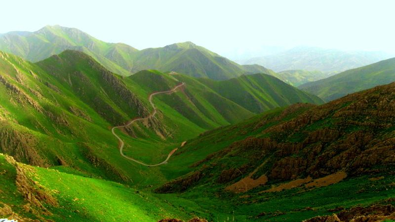 KURDISTAN'S MOUNTAINS